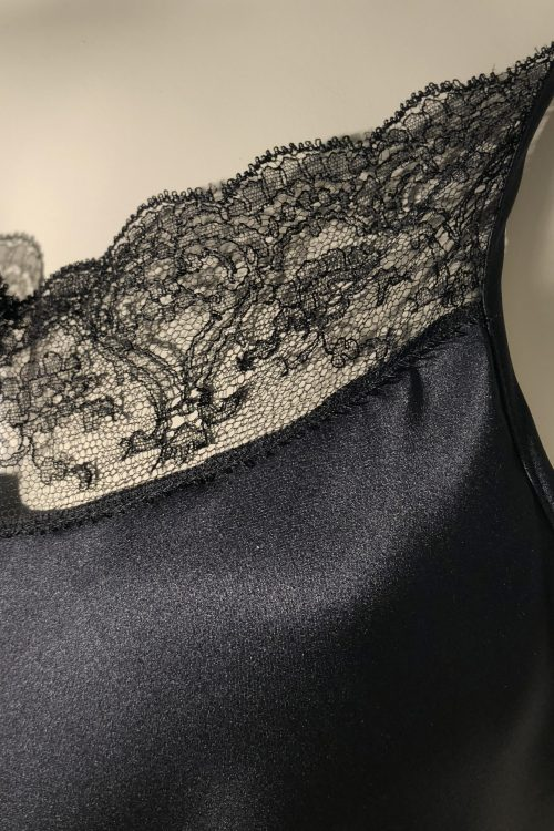 Image of lace from Ella with Chantilly lace